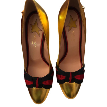 Gucci pumps Metallic