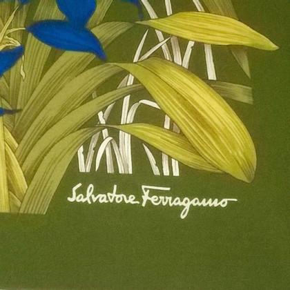Salvatore Ferragamo olifant Leeuw sjaal
