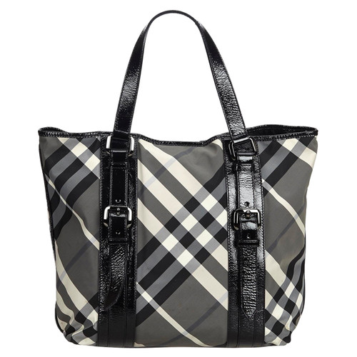 d4ae3a736323 Burberry Tote bag in Black - Second Hand Burberry Tote bag in Black ...