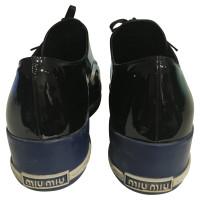 Miu Miu Sneakers mit Lackleder