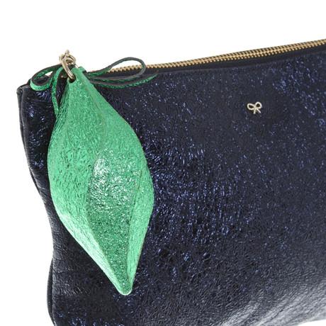 In Deutschland Online Empfehlen Günstig Online Anya Hindmarch Clutch in Blau Blau Perfekt Auslass Zahlung Mit Visa c3umIu