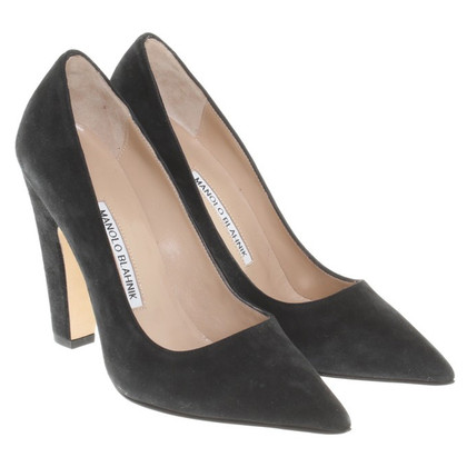 Manolo Blahnik Suede Pumps in zwart