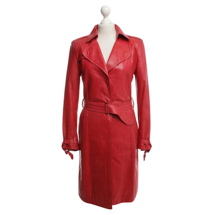 Strenesse Trench coat in red leather