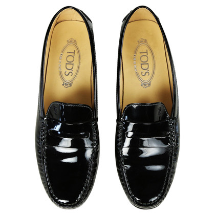 Tod's Gommino moccasins made of patent leather