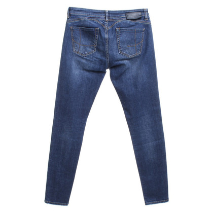 Pinko jeans lavati