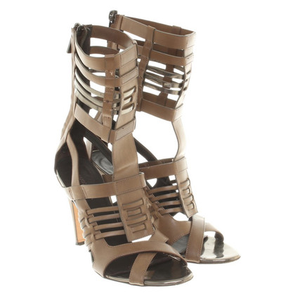 Hugo Boss Sandals in de Romeinse stijl