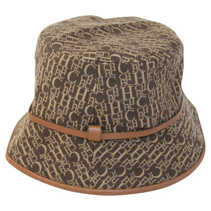 Carolina Herrera cappello