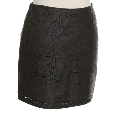 Alice + Olivia Leather skirt in black