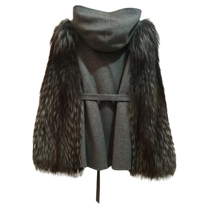 Fendi Giaccha cashmere with fox 40 IT