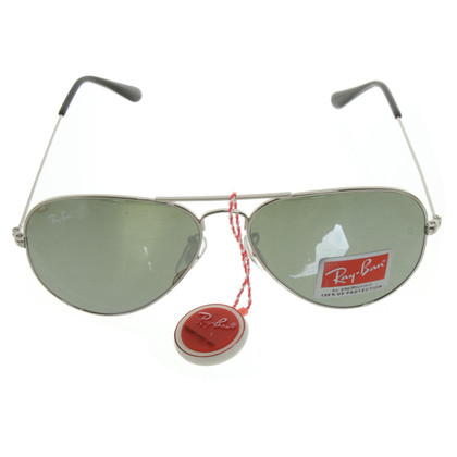 Ray Ban Sonnenbrille im Piloten-Stil