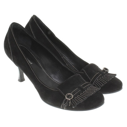 Coccinelle pumps in black