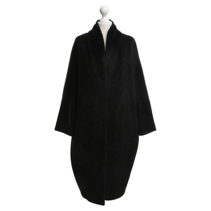 Max Mara Shiny woolen coat in black