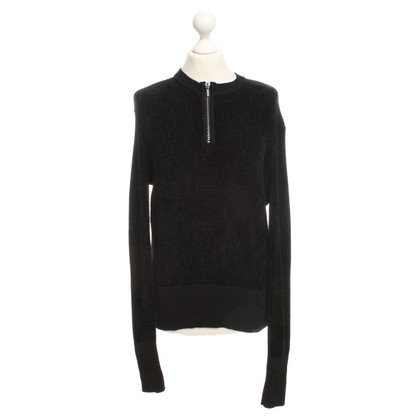Yves Saint Laurent Pullover in black