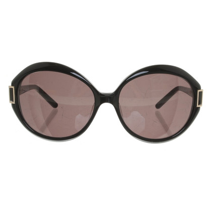 Ferre Sunglasses in black
