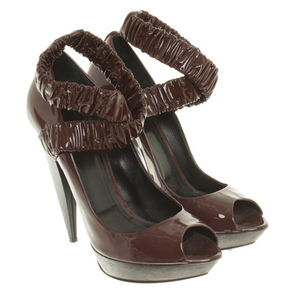 Burberry Peep-toes in patent leather