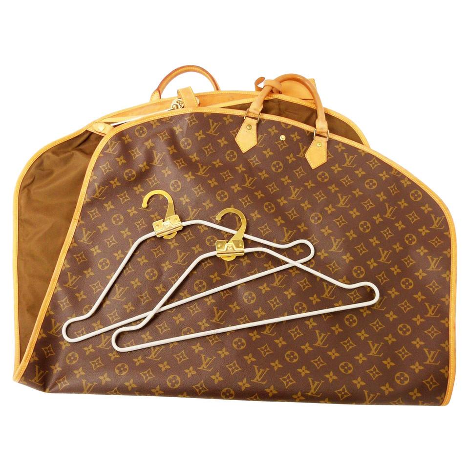 Louis Vuitton D0ada1bf garment bag