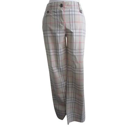 Burberry pantalons d'été.