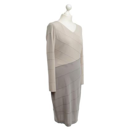 Escada Kleid in Beige/Grau