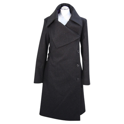 Vivienne Westwood Coat in black