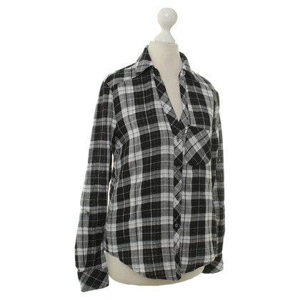 Joie Shirt in black and white