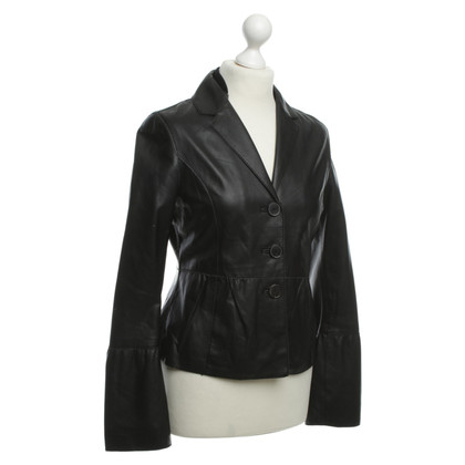 René Lezard Leather jacket in black