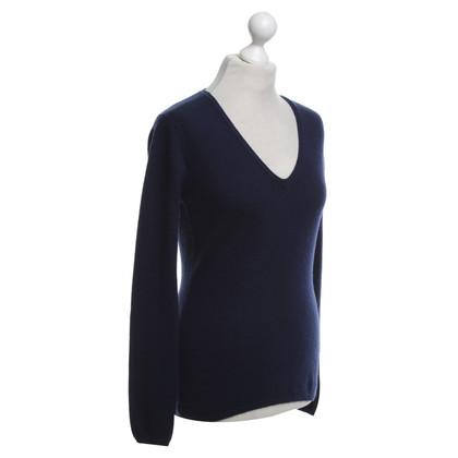 FTC Cashmere sweater in dark blue