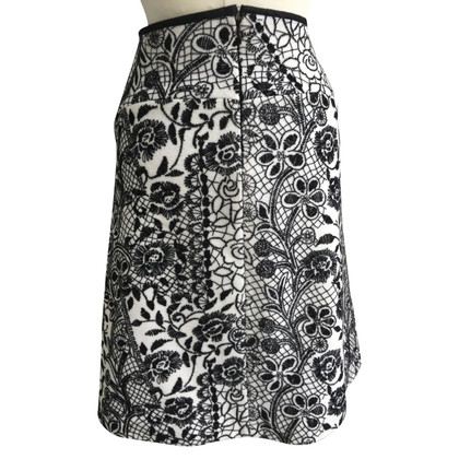 St. Emile Wool skirt with embroidery