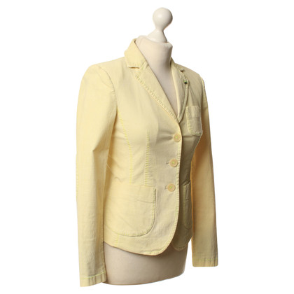 Blonde No8 Blazers in bright yellow