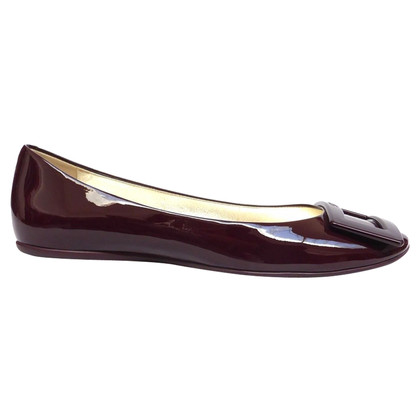 Roger Vivier Lacquer ballerina with buckle
