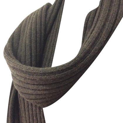 D&G scarf