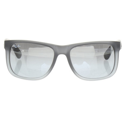 "Ray Ban Sunglasses ""Wayfarer"" in grey"