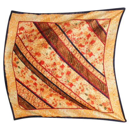 Aigner Silk scarf patterns