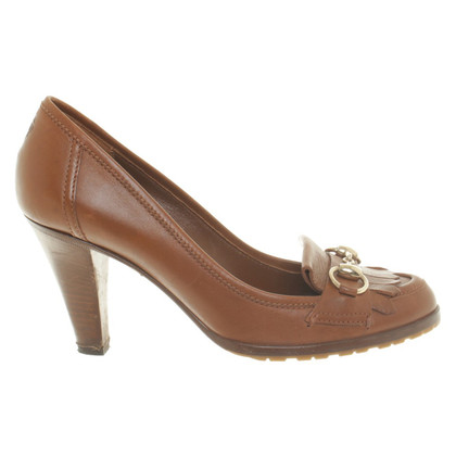 Gucci pumps Brown