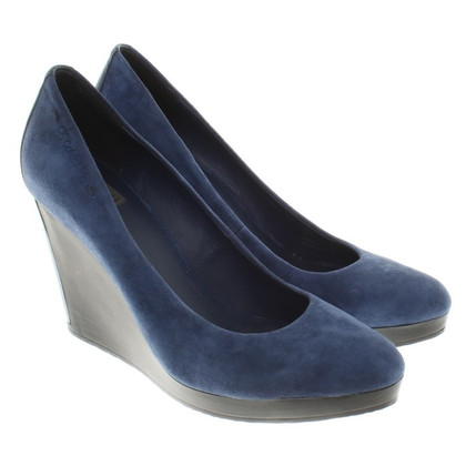 Calvin Klein pumps in blue