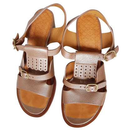 Chie Mihara Golden sandals