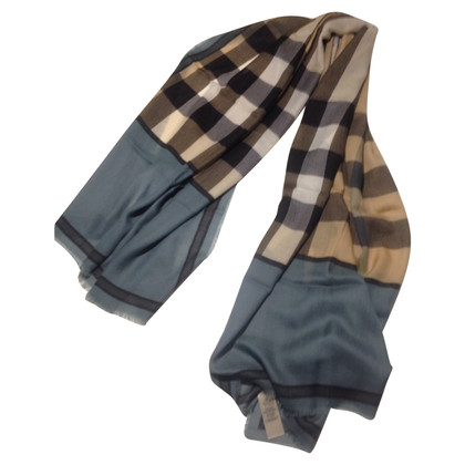 Burberry BURBERRY green cashmere stole
