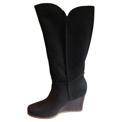UGG Australia Boots with sheepskin