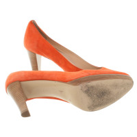 Konstantin Starke Suede pumps in Coral Red