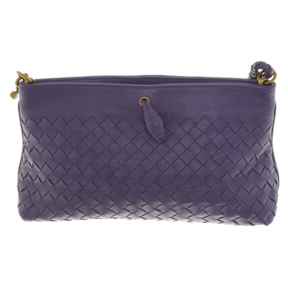 Bottega Veneta clutch in viola