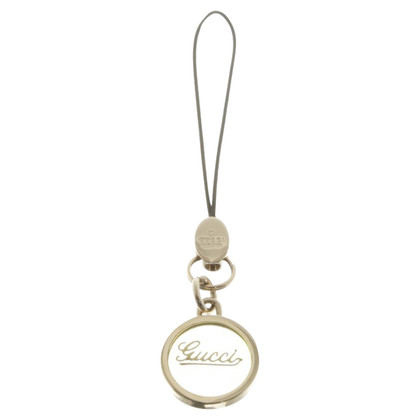 Gucci pendant with logo