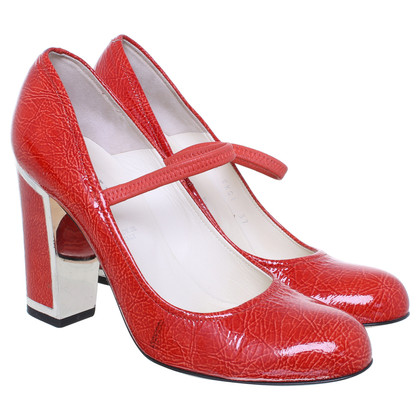 Bally Paint Pumps in red