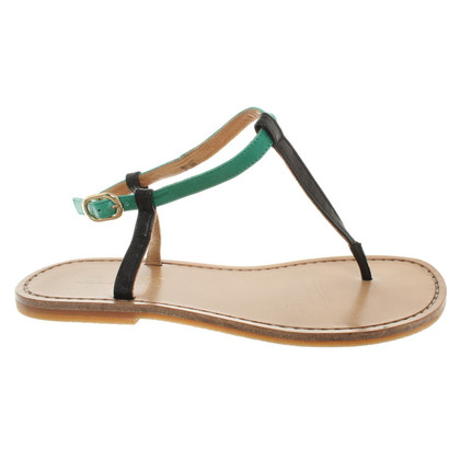 Closed Sandals in Black / Green
