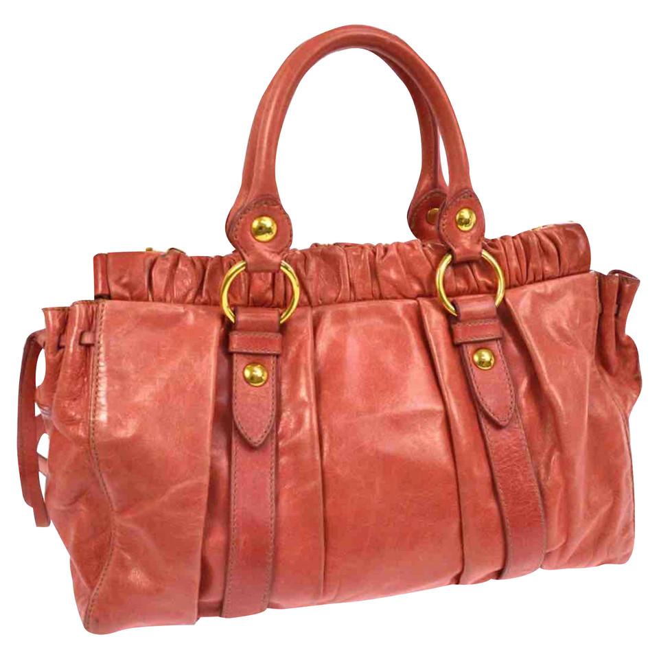 miu miu handtasche second hand miu miu handtasche gebraucht kaufen f r 395 00 2621398. Black Bedroom Furniture Sets. Home Design Ideas