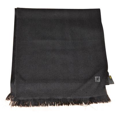 Fendi sjaal van wol