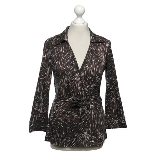 Diane von Furstenberg Envelopper la chemise avec motif - Acheter ... 9fe23537c766