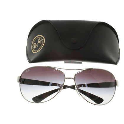 Ray Ban Sportief en elegant Sunglasses