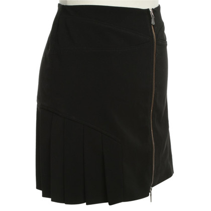 Versace Pleated skirt in black
