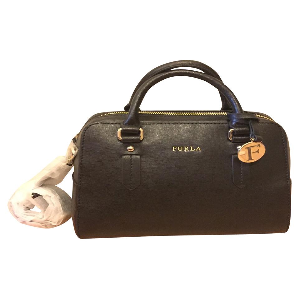 furla handtasche elena second hand furla handtasche elena gebraucht kaufen f r 219 00. Black Bedroom Furniture Sets. Home Design Ideas