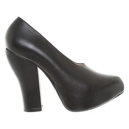 Carven pumps en noir