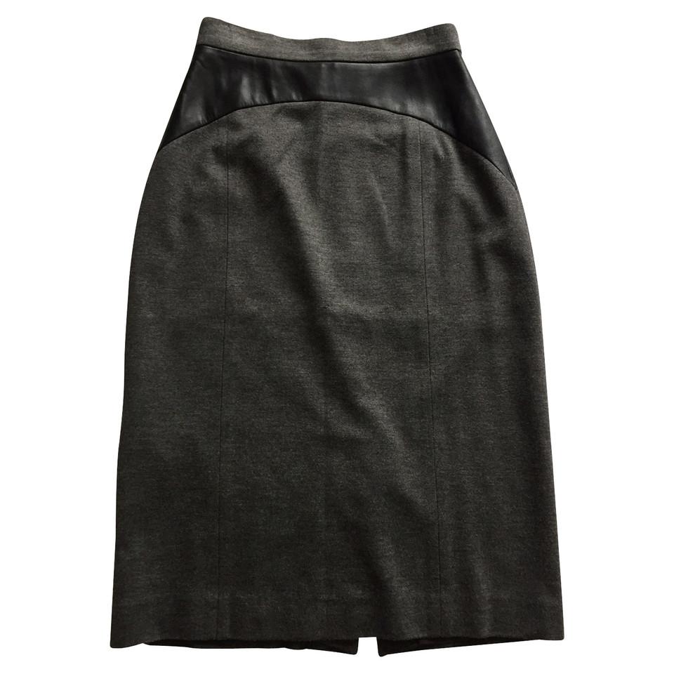 hugo boss jupe crayon avec des inserts en cuir imitation acheter hugo boss jupe crayon avec. Black Bedroom Furniture Sets. Home Design Ideas